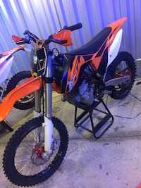 2013 KTM 450 SXF in real good condition very low hours fuel injected electric start  Las Vegas, 89145