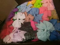 40 PC mini hair bows I can deliver if not to far  Fresno, 93706