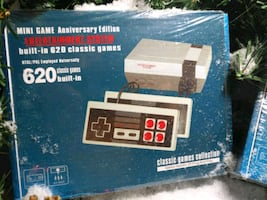 Game console with over 600 games included!