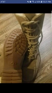 pair of brown leather gladiator sandals Amarillo, 79118