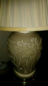 2 table lamps New York, 10040