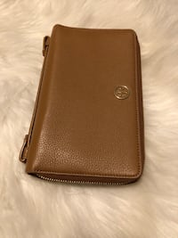 Tory Burch Wallet  Silver Spring, 20902