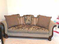 Beautiful Raymour & Flanigan Bistro Carmel Sofa North Tonawanda, 14120