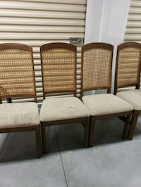 Table and 4 chairs Ocala, 34476