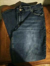 Maurices size 20 Short jeans  Carlsbad, 88220