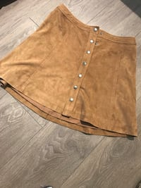 """Brown """"suede"""" skirt - size 4, Abercrombie & Fitch Toronto, M6J 0B1"""