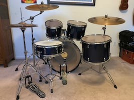 Black Hawk Gretsch 5pc Drum Set