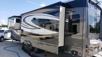 Landmark Newport Rv with TONS of extras Sioux Falls, 57104