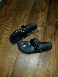 Women's size 6 black sandals Springdale