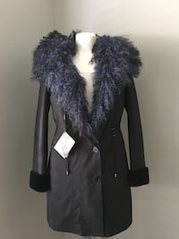 The Wild North woman fur Parka XS  Toronto, M6L