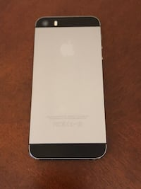 Unlocked Space Gray iPhone 5s 16 GB with box Innisfil