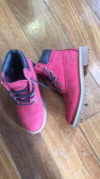 Red timberlands Columbia, 21046