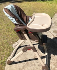 High chair  Anchorage, 99507