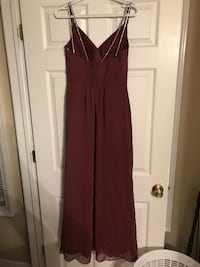 Women's maroon sleeveless dress Keansburg, 07734