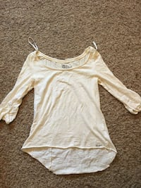 ROXY long sleeve white shirt Abbotsford, V3G 2Y2