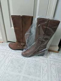 brown leather side zip boots Maryland City, 20724