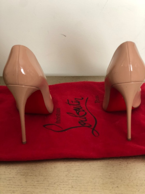 """Nude So Kate's Louboitons """"red bottoms"""" size 38 (if you wear 6.5/7)"""