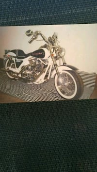 white and black cruiser motorcycle scale model