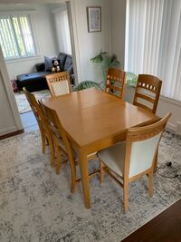 Dinning table and china cabinet  Dearborn, 48126