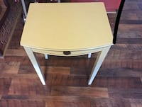 Accent Table  Charlotte, 28227