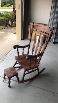 Wood rocking chair Fort Myers, 33913