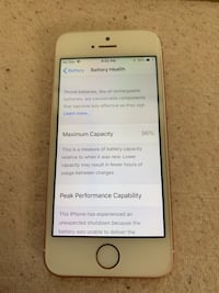 iPhone SE 64 GB UNLOCKED  Sterling, 20164
