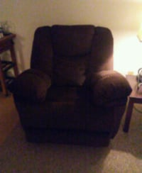 Over-Sized recliner Tucson, 85716