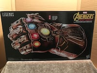 Marvel legend series AVENGERS life size infinity gauntlet glove. Highly collectible and VERY hard to find Houma, 70360