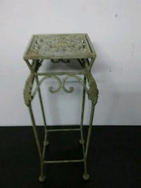 Flower/plant stand