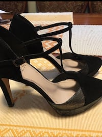 Vince Camuto high heels size 8