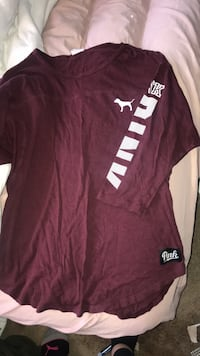 VS pink shirt size Small Oakville, L6M