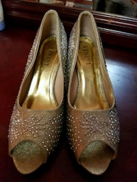 pair of silver-colored peep-toe heeled shoes Toronto, M9V 4P3