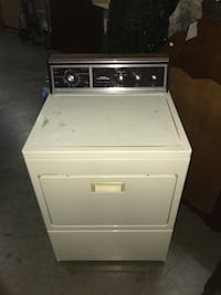 white front-load clothes dryer  Sterling, 20166