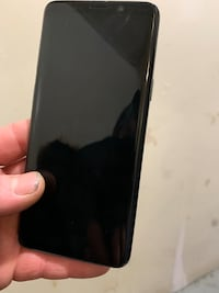 space gray iPhone 6 with black case Toronto, M6K 2T8
