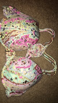 34C new with tags bikini top only  Hagerstown, 21742