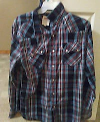 blue and white plaid button-up shirt Shepherdsville, 40165