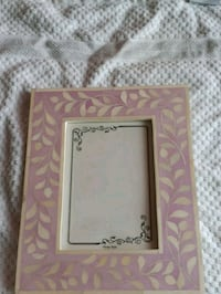 Bone in lay picture frame (purple)(lavander color) Toronto, M1T 3P4
