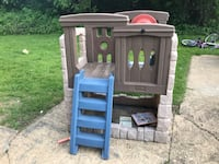 Step 2 play structure  Oyster Bay, 11771