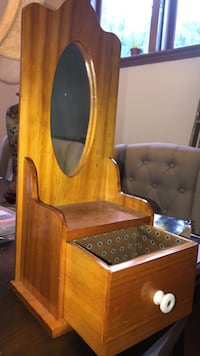 wood stand with drawer and mirror Detroit, 48214