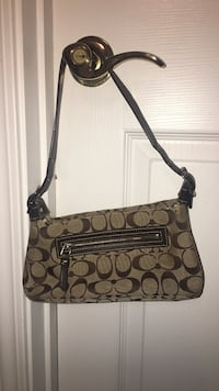 Authentic Coach Handbag Canton, 30114