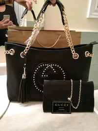 Back beautiful chain strap tote bag with pouch Mississauga, L4Z 3M4