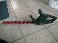 Yarkworks electric hedge trimmer in good condition Guelph, N1L 1G7