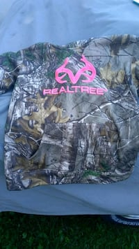 black and brown real tree camouflage jacket Corryton, 37721