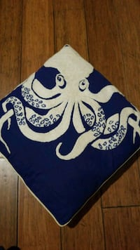 squid throw pillow St. Louis, 63110