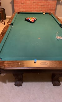 Pool table Dumfries, 22025