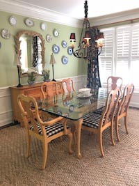Pine Dining Set: table, chairs, buffet, lamps, mirror and rug  Duluth, 30097