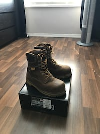 $110 OBO Dakota Steel Toe Boots Size 9 wide. Fits 9.5