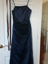 Size 8 midnight blue long dress Montreal, H2G