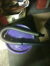 purple and black canister vacuum cleaner Delta, 36258