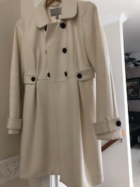 Old Navy - Never worn woman's white coat!! Chantilly, 20152
